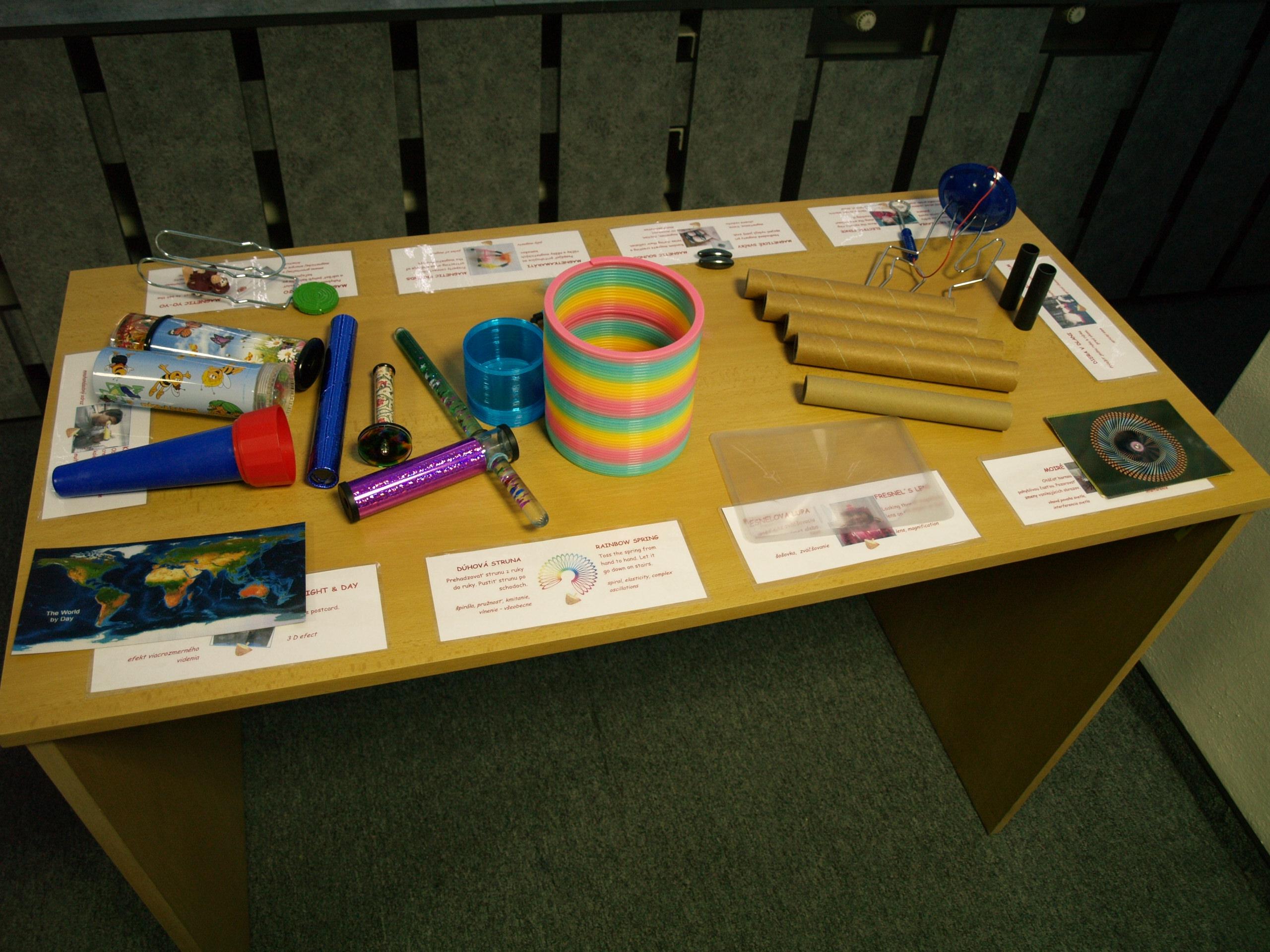 hračky pre zábavu i poučenie
